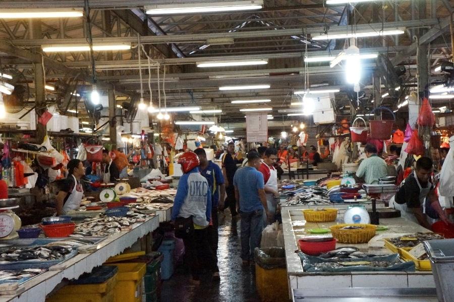 Fischhalle Chow Kit Market