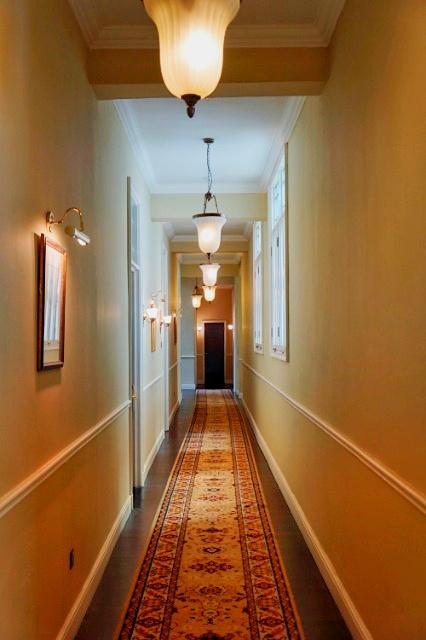 Flur im alten Flügel, Majestic Hotel